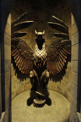 Кабинет директора школы магии и волшебста Хогвартс Normal_hogwarts-dumbledore-office1